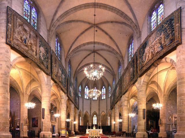 Vue Intérieur de la Cathédrale de Mende